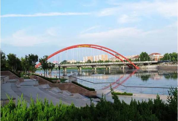 下午:民超生态游乐园参观海洋教育馆  行车路线:胶州湾跨海大桥&