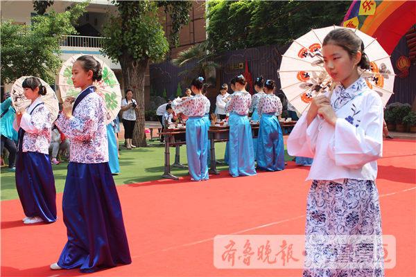 济南娃的儿童节:t台走秀,古装穿越…城会玩!
