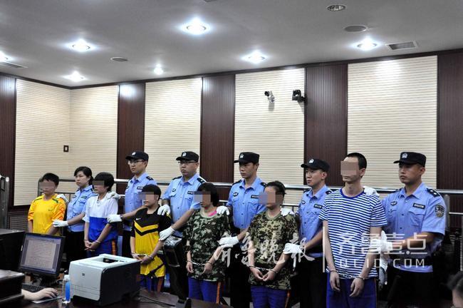 14日,青岛市市北区人民法院在即墨市普东看守所对4起涉毒案件进行集中