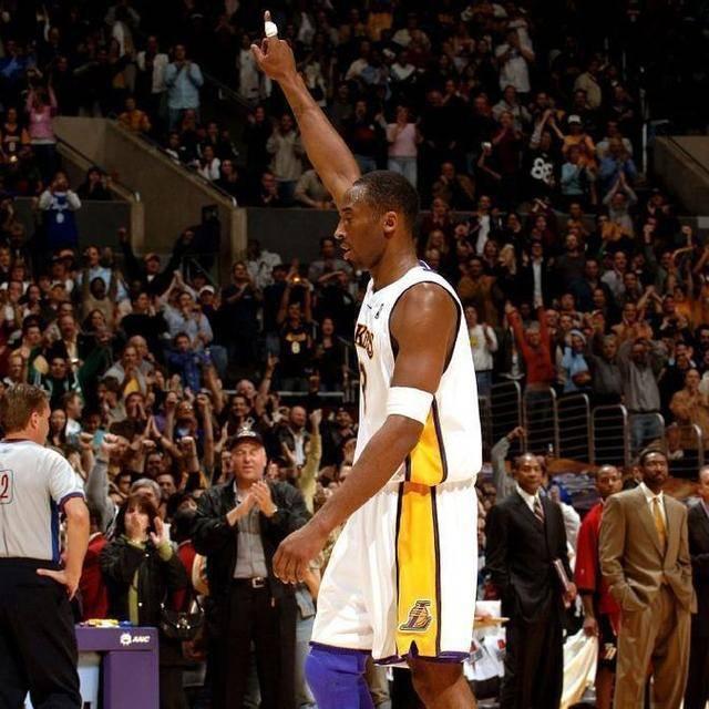 對陣暴龍那場是否可以打破100分記錄?Kobe是這麼回答記者的!-Haters-黑特籃球NBA新聞影片圖片分享社區